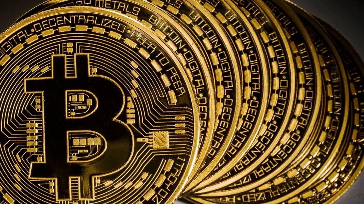 kā-nopelnīt-bitcoin-internetā